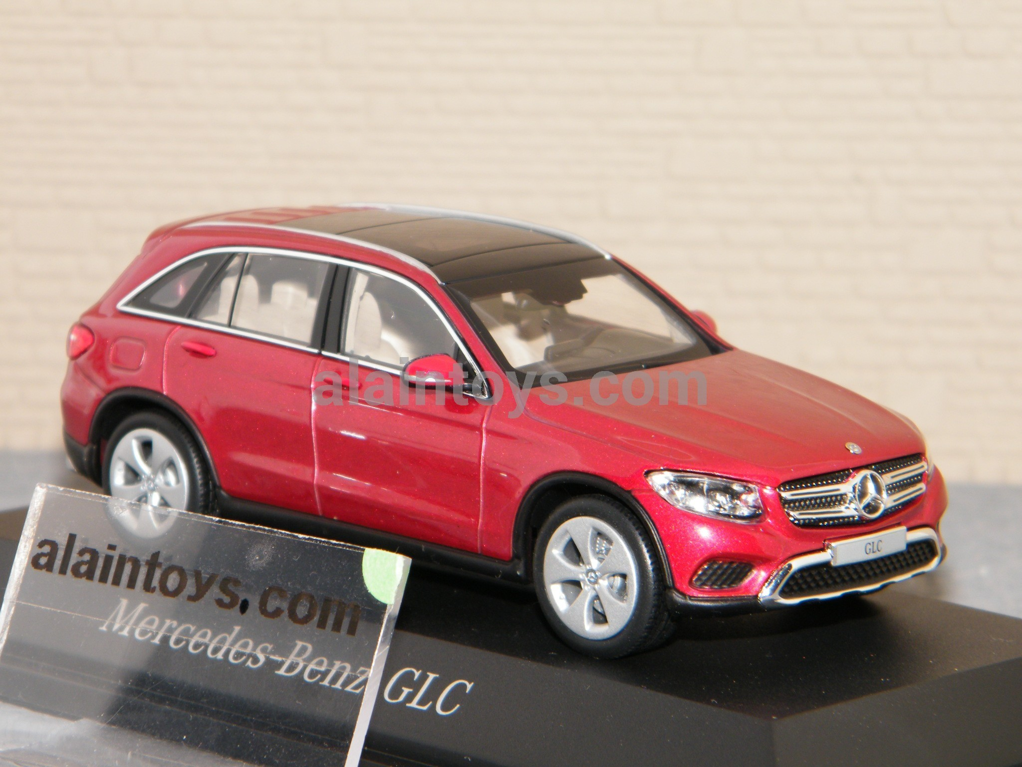 Mercedes Glc Norev Hyacinth Red Metallic1 43 B66962159 La