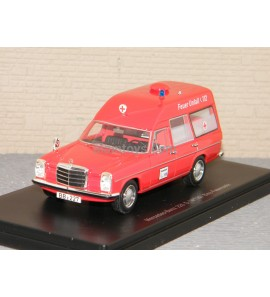 MERCEDES 220 D AMBULANCE NEO 1/43 Ref 47155