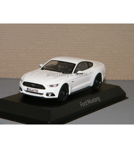 FORD MUSTANG 2015 White NOREV 1/43 Réf 270556