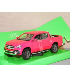 MERCEDES X Classe Rouge WELLY 1:24-1:27 Ref 240610-24100W