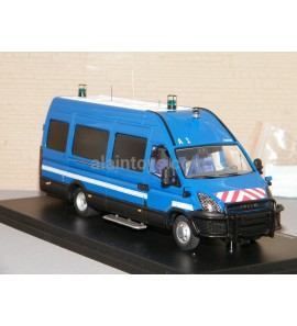 IVECO DURISOTTI INTERVENTION BLEU GENDARMERIE + Décalques PERFEX 1/43 Ref 725